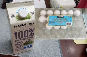 ミックス以外では、卵とミルクだけあればできます。