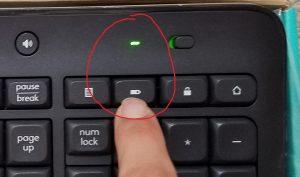 右上のバッテリーボタンを押すと電池が死んでいるかわかる