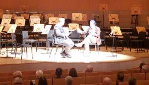 アラン・チャップマン(右)と対談するルネ・バーグマン(左)