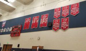 会場の体育館にはチャンピオンシップが飾られています